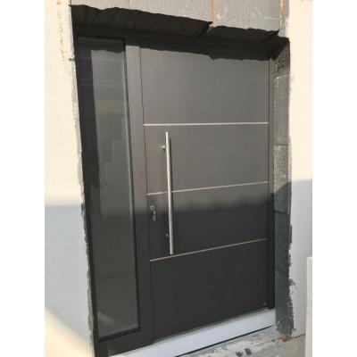 PaXentrée mit Seitenteil, 3 Lisenen, Stangengriff L: 800 mm, außen antrahzit grau